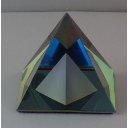 40 mm Pyramide in Pyramide...