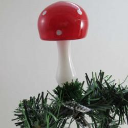 Pilz auf Clip, freigeblasen,